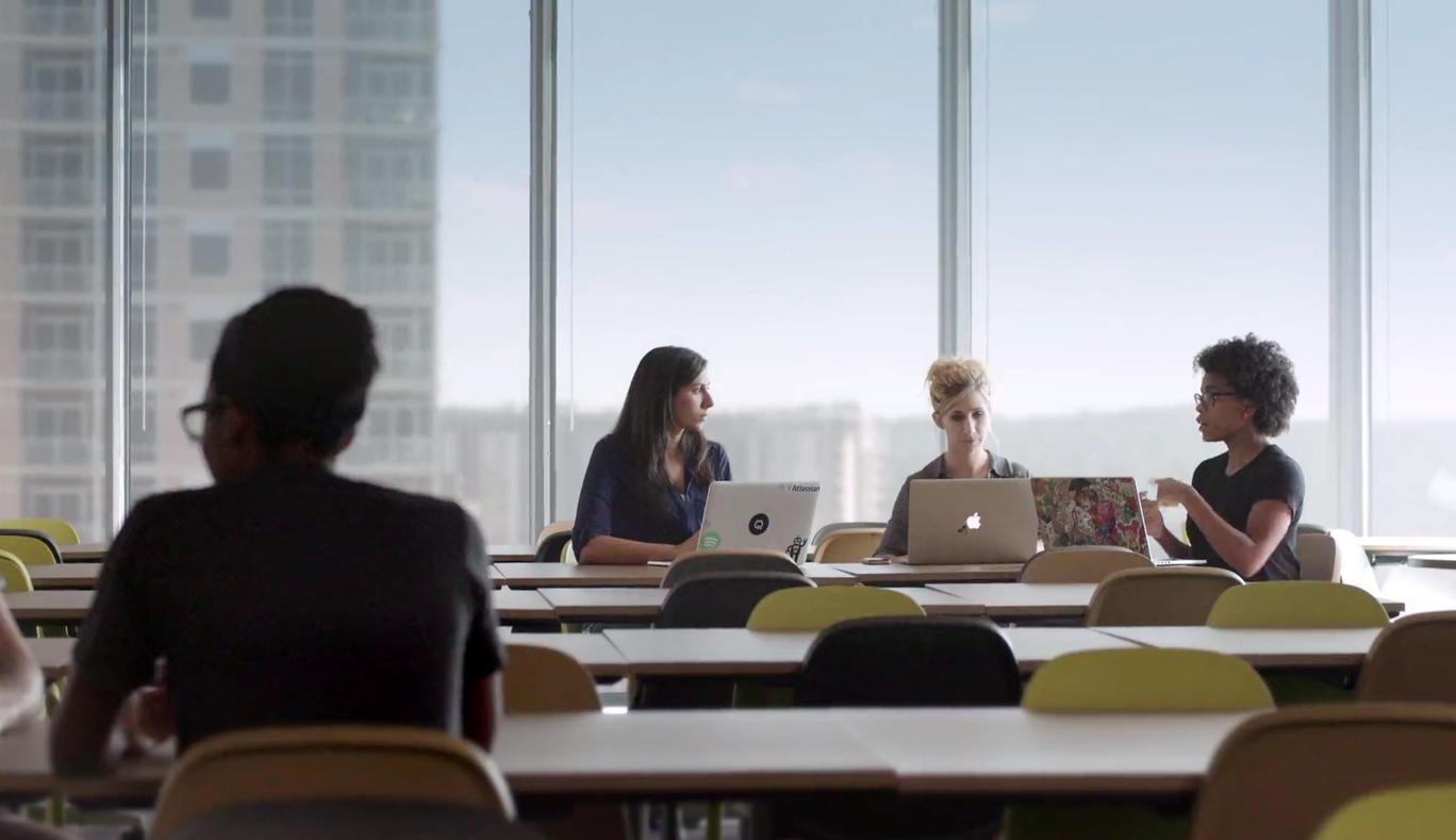 preview-full-Women_at_work_at_Atlassian.jpg