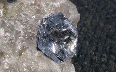 Nice Molybden Rock