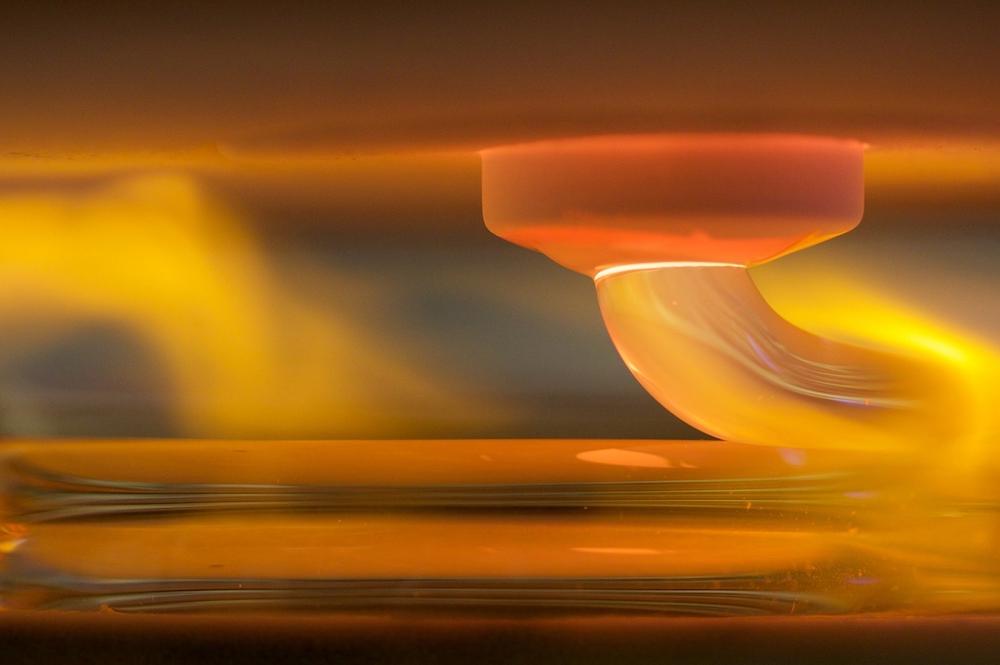 MIT-3Dglass-1-press.jpg