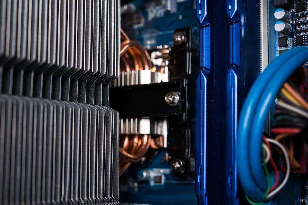 Depositphotos_97767716_xl-2015-compressor.jpg