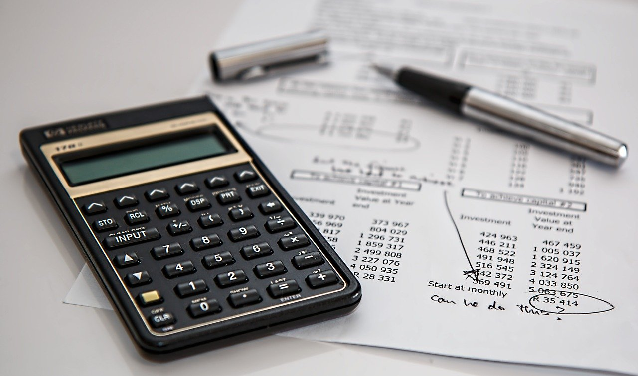 Are There Benefits to a Professional Accountant?