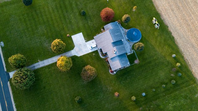 GET FANTASTIC AND QUALITY RESULTS - HAVE THE BEST LAWN ON THE BLOCK