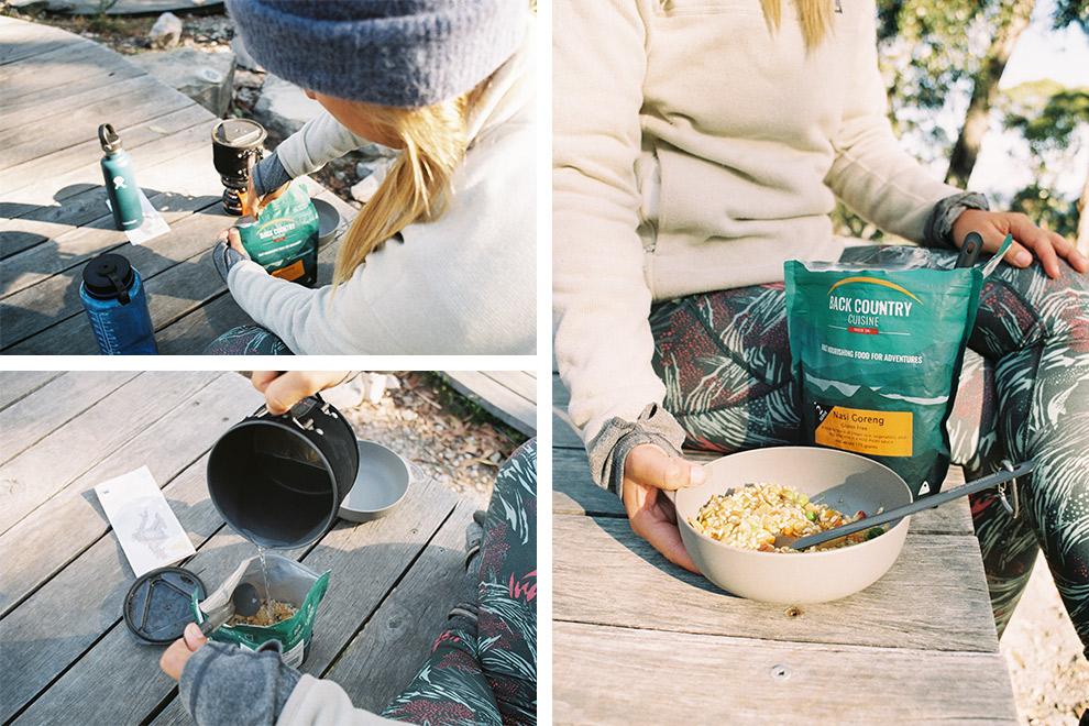 Kampeermaaltijd klaarmaken uit zak met de Jetboil