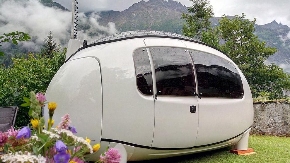 Futuristsiche ecocapsule in Zwitserland lijkt op een ruimteschip