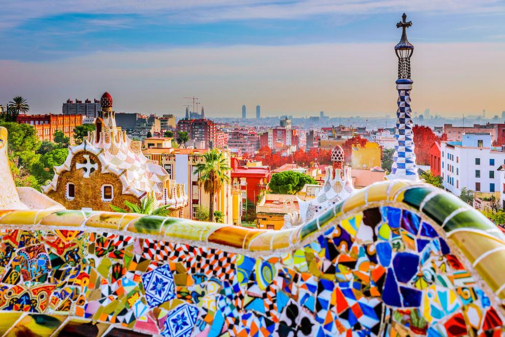 Uitzicht op kleurrijke stad Barcelona