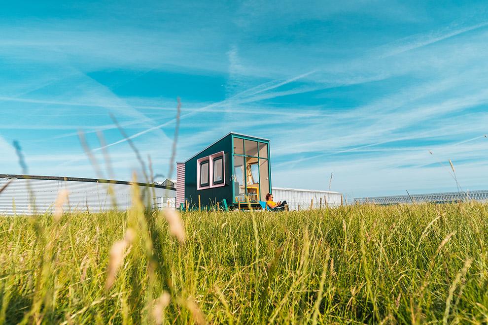 Een hut van HiHaHut middenin de natuur