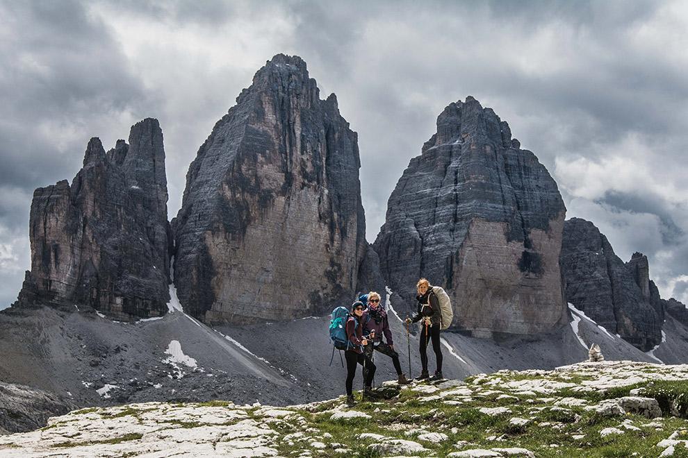 Uitzicht tijdens hike op de imposante Drei Zinnen