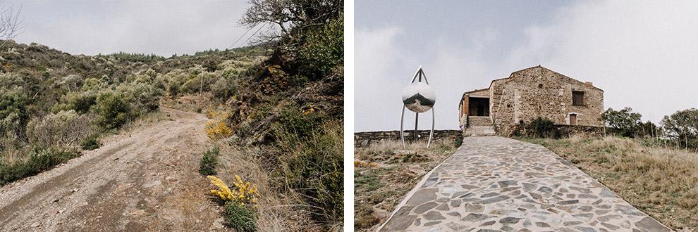 Breed grindpad naar hermitage van Força Réal bovenop de berg