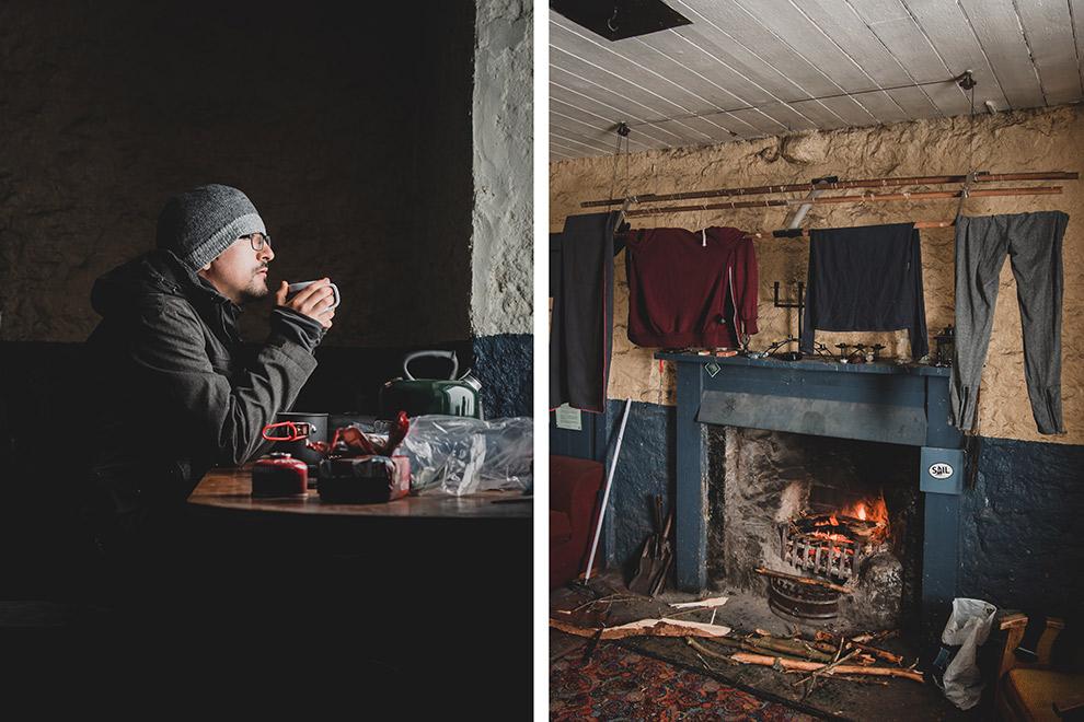 Opwarmen met thee en openhaard in huisje in Schotland