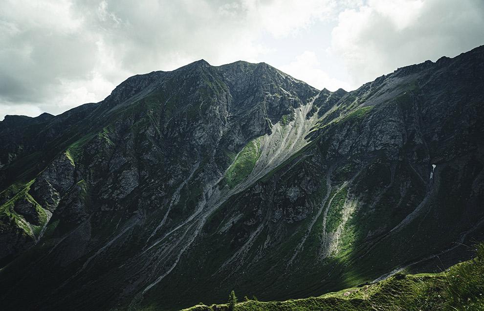 Bergtoppen van Magic Wood in Zwitserland