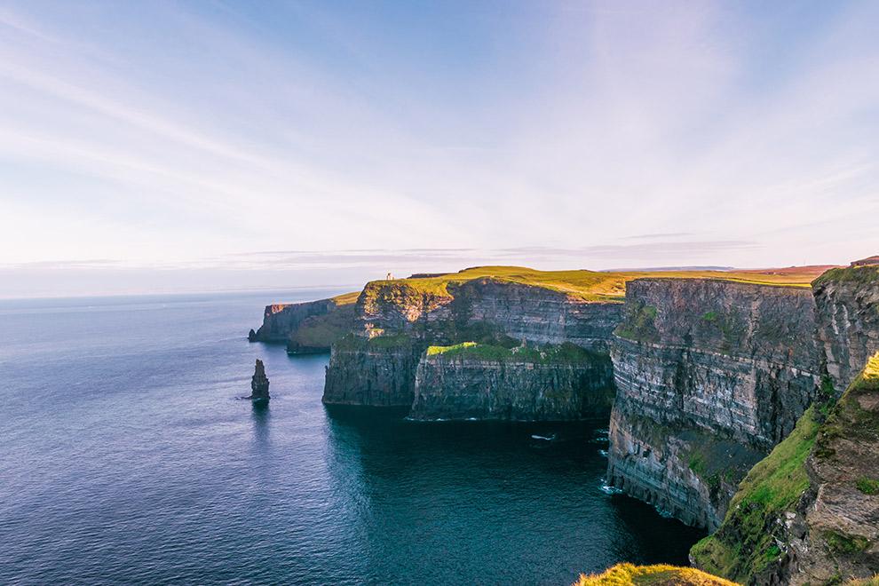 Uitzicht op de Cliffs of Moher in Ierland