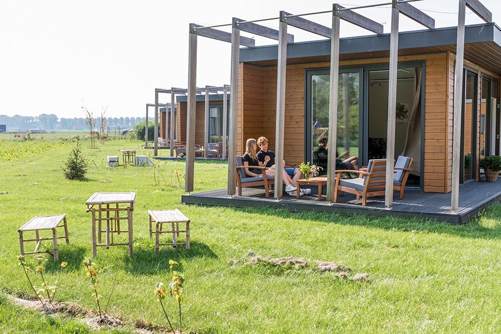 Luxe blokhut bij vakantiepark Eemhouses in Almere