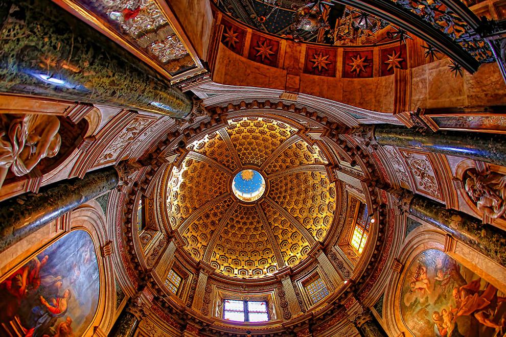 De rijke schatten van Siena: een kathedraal van binnen