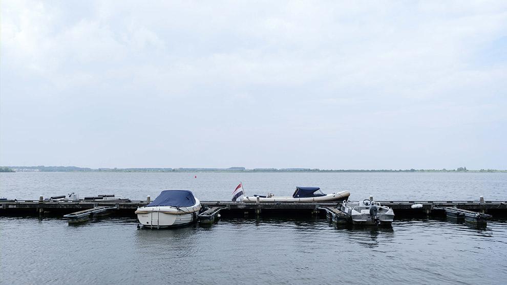 Ligplaats in de Noorderplassen om bootjes aan te meren