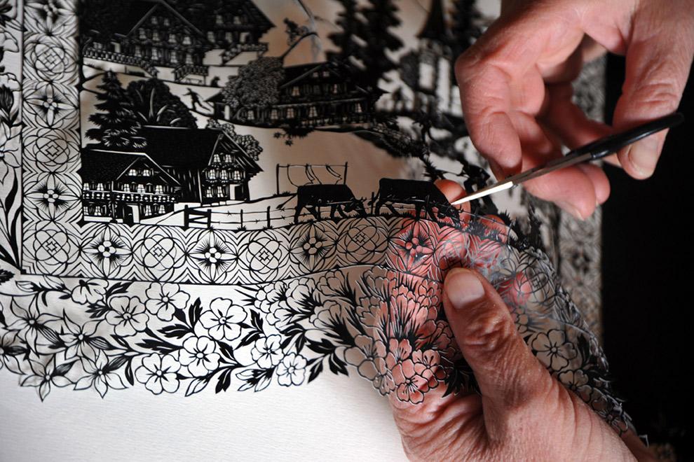 Papiersnijkunst van Zwitserse experts