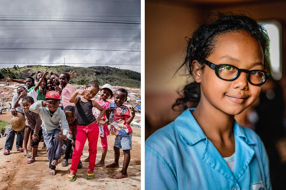 Kinderen van het Eyes For The World project poseren voor de camera