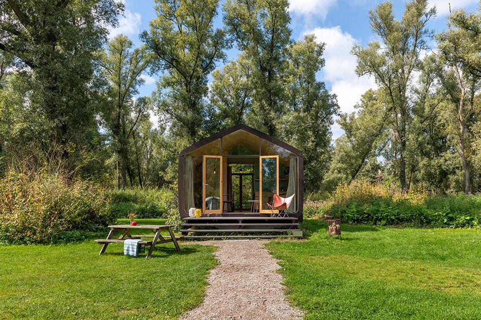 Wikkelhouse van karton in Dordrecht