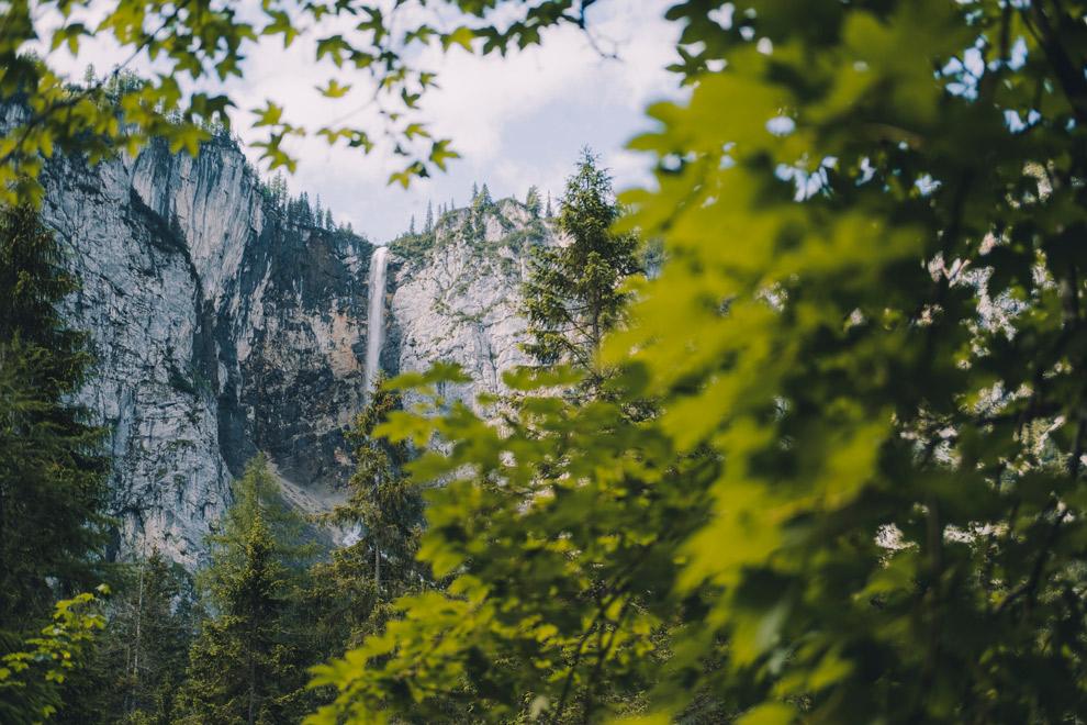 Uitzicht op de Seebenwaterval in Oostenrijk