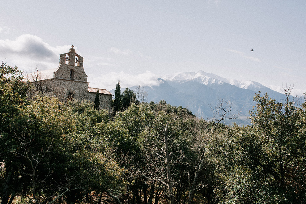 Frans kapelletje steekt boven de groene bebossing uit