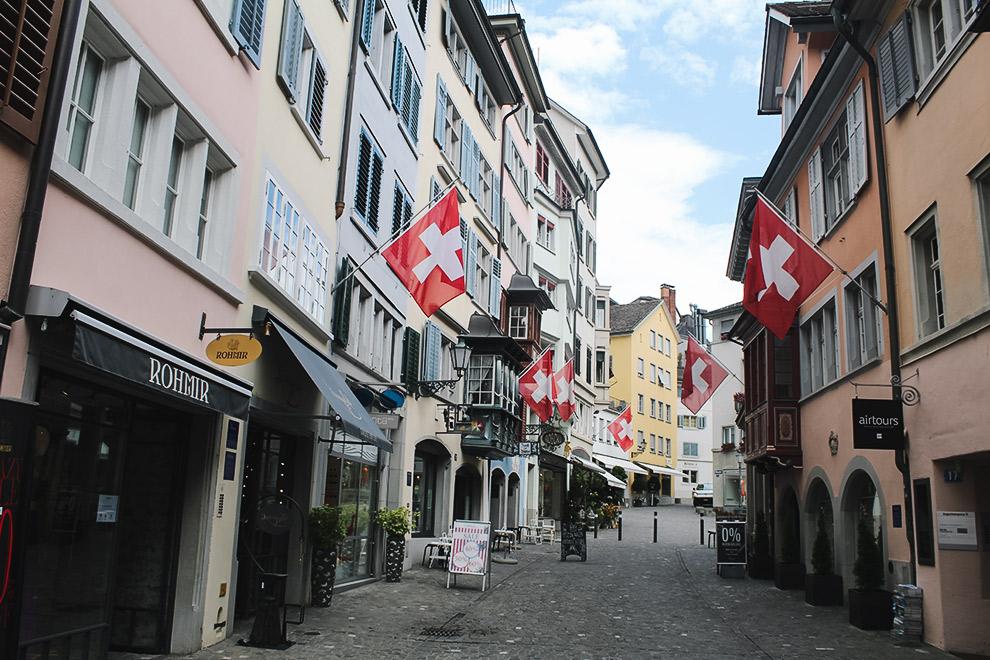 Sfeervolle oude Zwitserse binnenstad