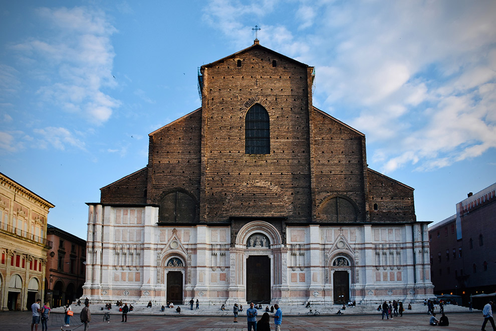 Kathedraal van San Petronio in het centrum van Bologna