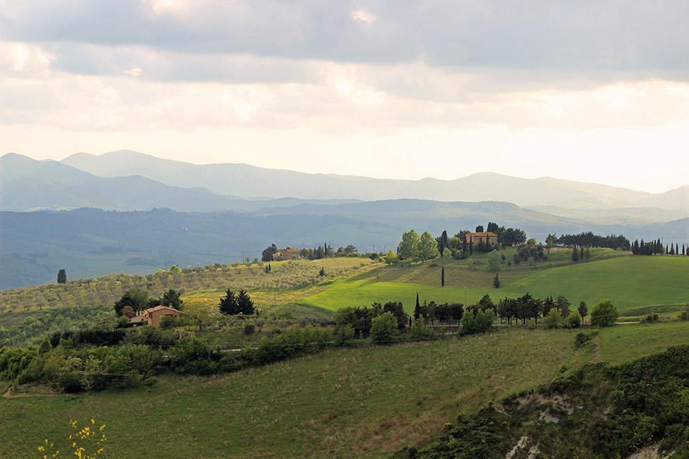 Typisch Toscaanse landschap rondom het pittoreske Volterra