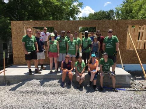 Kelly-Becker-Habitat-Build-768x576.jpg